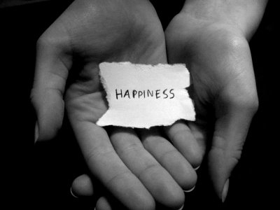 http://www.theminimalists.com/files/2011/03/Happiness-Hands1.jpg