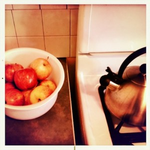 Apples and teakettle