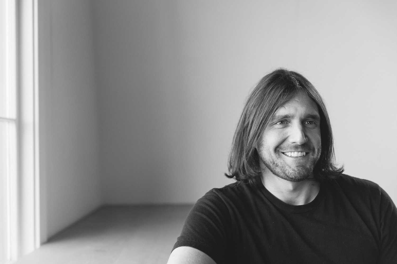 Minimalist Home Tour Ryan Nicodemus The Minimalists